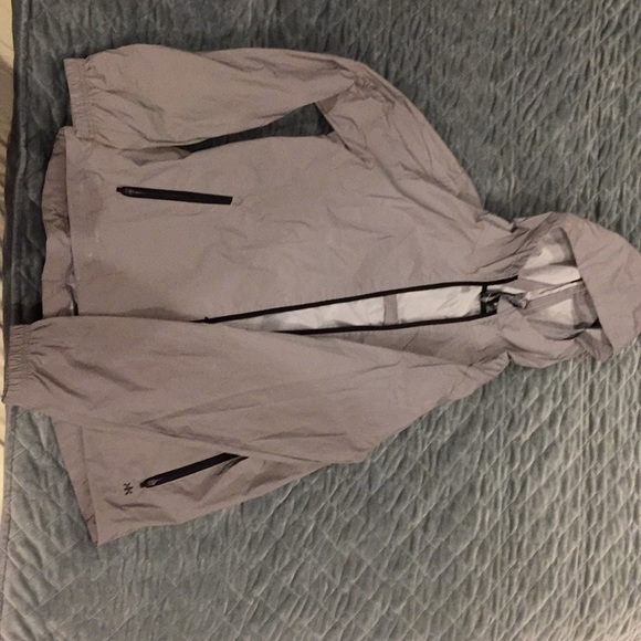 Kyodan Jackets   Blazers - Women s large kyodan reflective rain jacket 7d0b4d5829